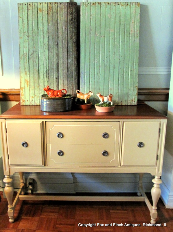 A Vintage Buffet Gets a New Look for Autumn